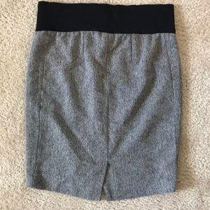 Liz Lange for Target Skirts - Liz Lange Maternity Herringbone Skirt ☀️☀️